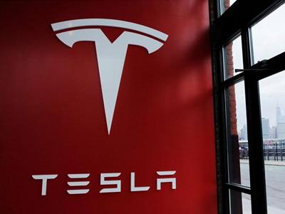 特斯拉自愿召回7000个问题充电适配器