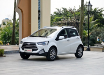 全新小型SUV瑞风S2mini正式上市江淮瑞风推出三款冲击力超强车型