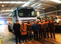 重汽四开门教练车于海外KD工厂组装下线