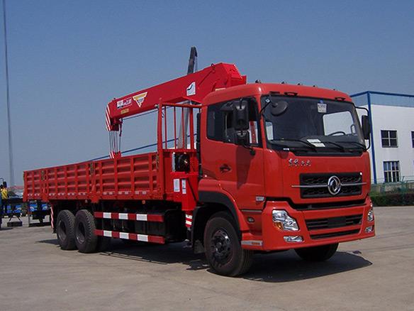 中小吨位随车起重运输车支腿常见故障解析