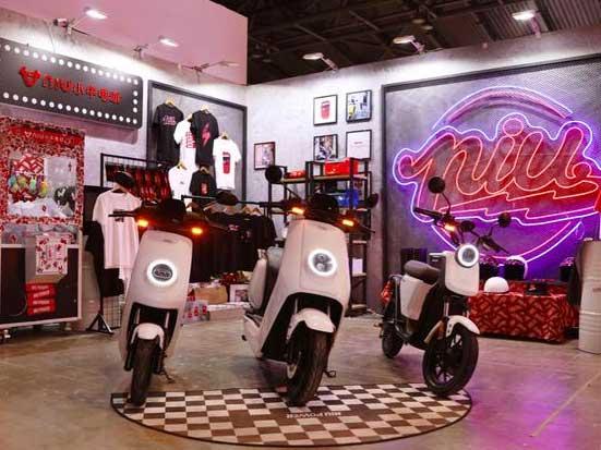 小牛电动惊艳亮相INNERSECT 成首款现身潮流展的两轮电动车品牌