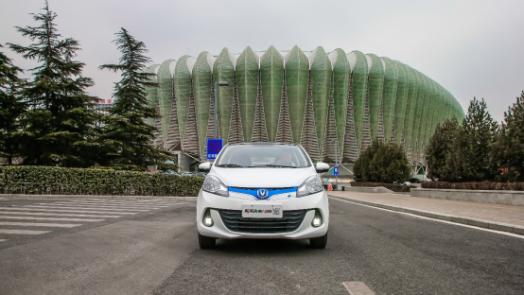 续航300km的国民新能源,新奔奔EV演绎实至名归!