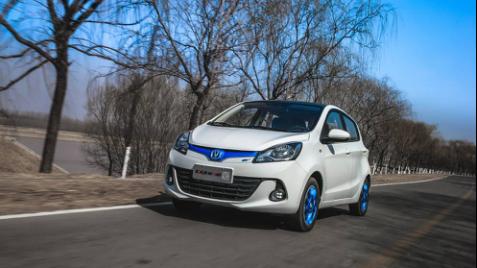新奔奔EV260,国产新能源汽车领军人物!