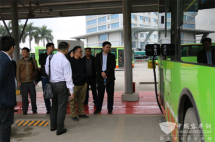 广西:国家新能源汽车应用调研组考察南宁公交新能源建设