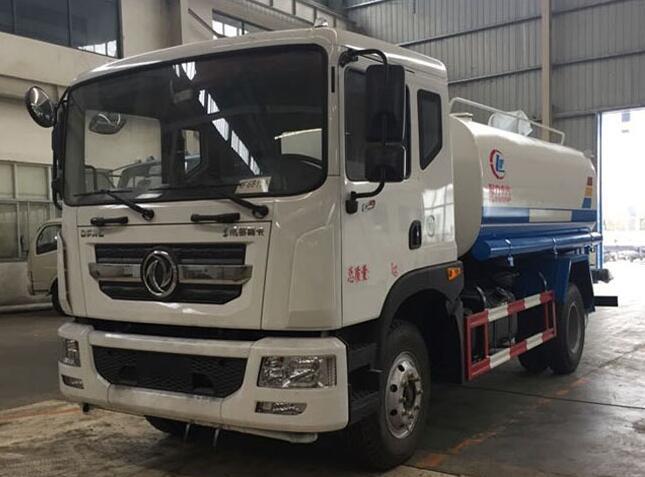 恭喜河南郑州蒋总在湖北程力公司订购一辆东风多利卡D9洒水车