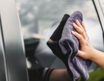 自己洗车千万不要做这几件傻事!要不然白洗又伤车。