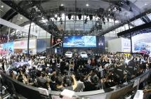 中国首个电动车专属平台发布欧拉携iQ和R1登陆华南市场