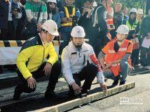 """英达""""修路王""""入驻台湾新北市,获市长朱立伦赞誉"""