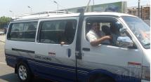 金龙客车海外员工:在埃及留下更多金龙轻客足迹