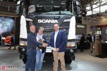 德国夫妇Bauma展喜提斯堪尼亚R500XT4x4工程牵引车