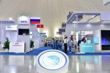 雷沃工程机械亮相上合组织国际投资贸易博览会