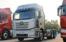 解放新J6P荣耀版牵引车卡友利润高运营更可靠