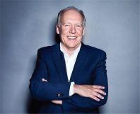 二十年傳奇生涯謝幕嚴凱倫先生即將卸任捷豹設計總監之職JulianThomson先生將被任命為其繼任者