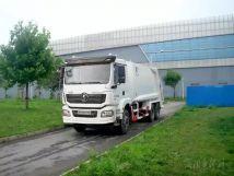 陕汽重卡丨压缩式垃圾车,垃圾分类的高效后勤保障