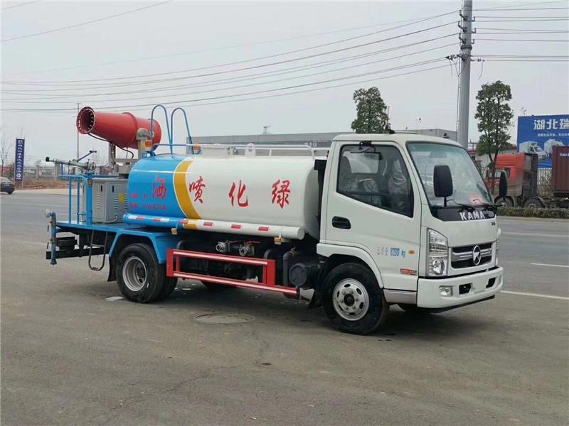 5吨工地洒水车供应洒水厂家