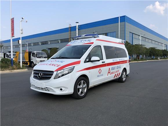 国六奔驰新威霆救护车价格