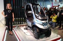 小牛電動發布首款自動駕駛電摩TQi,引領未來十年城市出行