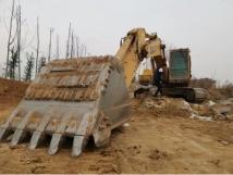 一年穩賺30~40萬!這位還說挖機小,要換臨工大挖!