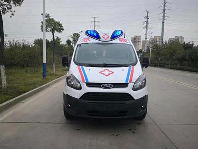 王经理订购一台福特全顺V362救护车准备生产
