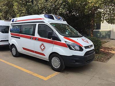 老客户推荐订购一台福特全顺V362救护车