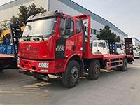 解放J6小三轴平板运输车厂家推荐价格