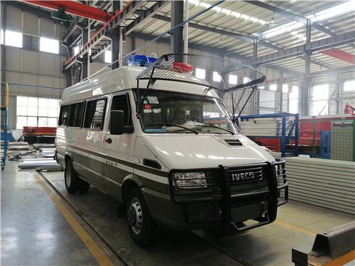国六运兵车_依维柯武警巡逻车价格