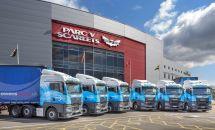 威爾士最大物流集團Owens購入77輛全新曼恩TGX牽引車