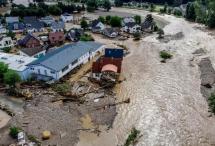 默克爾視察德國洪災現場,威克諾森助力災后救援!