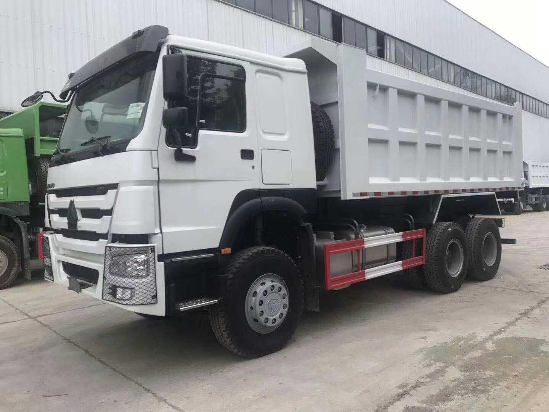 豪沃国二5.6米自卸车可出口