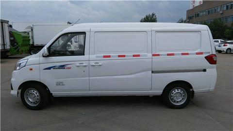 福田V5面包冷藏车3米厢体小型厢式冷藏车