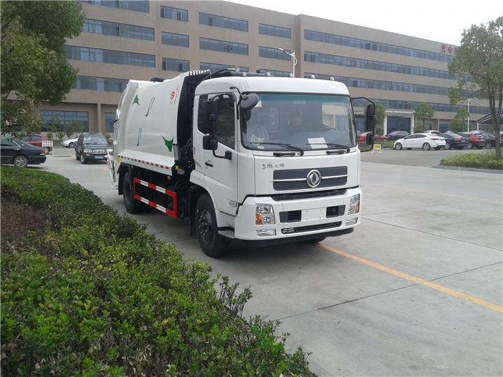 东风天锦压缩式垃圾车/东风天锦12方压缩式垃圾车