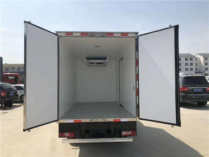 跃进国六S70冷藏车