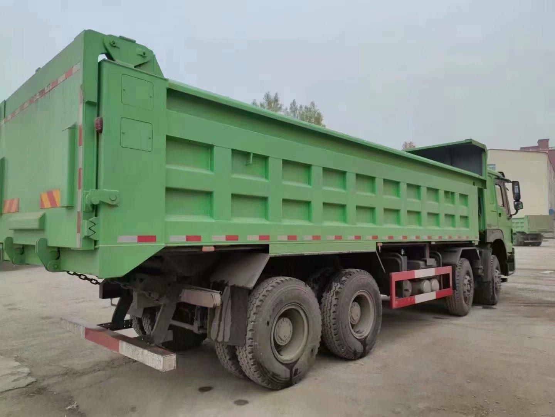 豪沃V7自卸车380马力7.6米