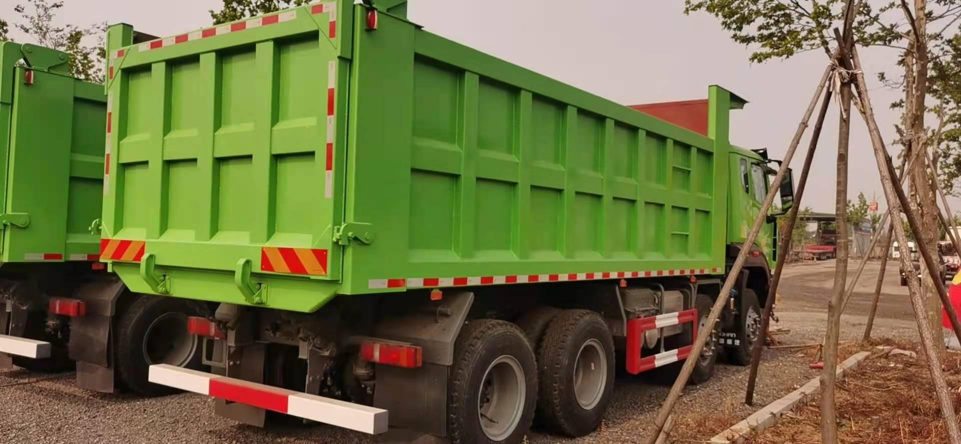 重汽豪瀚自卸车 6.2米法规版绿色国六排放