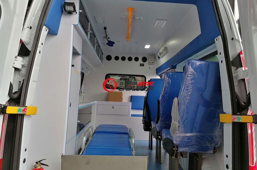 福特全順V362救護車醫療艙