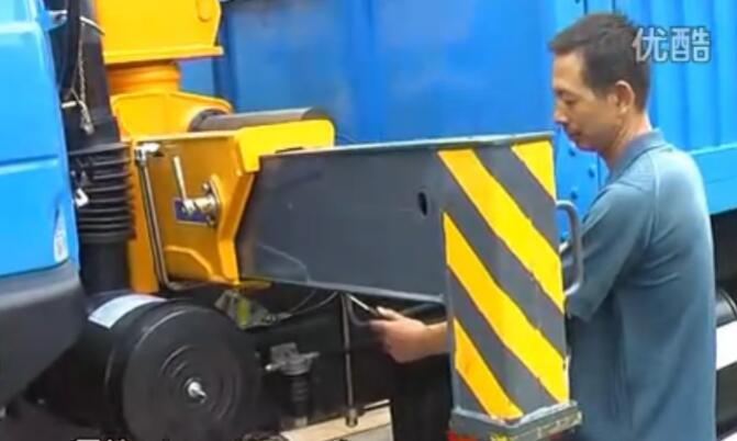 徐工随车吊操作视频