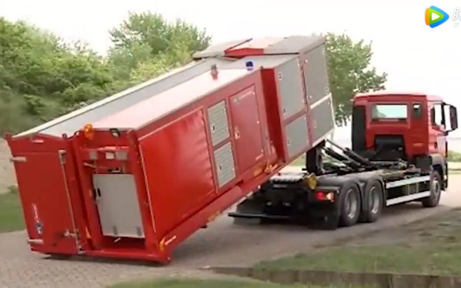 颠覆三观,德国消防车不带水都可以救火,太牛了
